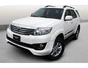 Giá xe Toyota Fortuner 2.7 V TRD